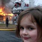 meme fille maison en feu